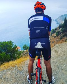 I earned these views of Mediterranean Sea.  #travel #carameltrail #spain #axarquia #roadbike #biketours #theessenceoftravelling #nonstop #views #reward