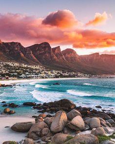 Sea & sun : Fais comme Eric et tag nous sur tes plus belles photos voyage . Cool Places To Visit, Places To Travel, Places To Go, Voyager Malin, Places Around The World, Around The Worlds, Photo Voyage, Cape Town South Africa, South Africa Safari