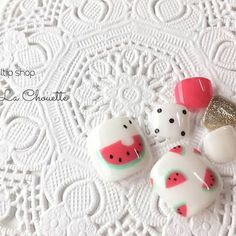 夏らしさがとまらない!ポップで可愛い「すいかネイル」が気になるの♡ MERY [メリー] Cute Simple Nails, Pretty Nails, Fruit Nail Art, Asian Nails, Nailart, Watermelon Nails, Pedicure Nail Art, Mani Pedi, Modern Nails