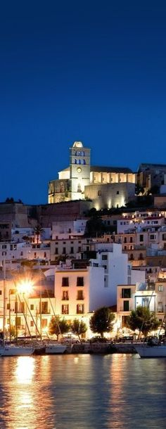 https://www.hotelscombined.com/Place/Ibiza_Town.htm?a_aid=108870&brandid=298602    Ibiza, Spain