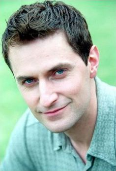 """Richard Armitage as 'Paul Andrews' in """"Between the Sheets"""" 2003. // Somebody's aging well..."""