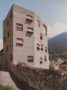 [Miller & Maranta, Villa Garbald, Castasegna, Suïssa, 2004]