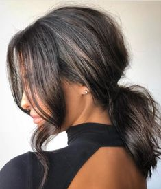 Ways to Style Brown Medium Length Hair: Stunning Medium Length Brunette Hair… – hair style Updos For Medium Length Hair, Medium Hair Styles, Curly Hair Styles, Natural Hair Styles, Hair Medium, Middle Length Hairstyles, Medium Hair Ponytail, Face Shape Hairstyles, Straight Hairstyles