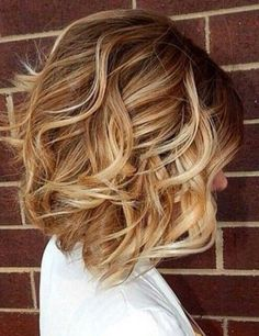 10 More Chic Wavy Bob Haircuts: #6. Blonde ombre really wavy bob