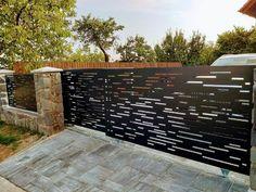 AST PLOTY moderní hliníkové ploty House Fence Design, Door Design, Modern Garage, Modern Fence, Boundary Walls, Backyard Pool Designs, Modern Office Design, Entrance Gates, Iron Doors