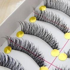 Item Type: False Eyelash False Eyelash Craft: Hand Made False Eyelash Material: Synthetic Hair Brand Name: AIMO Quantity: 10 pairs Size: Normal nize False Eyelashe Length: above 1.5cm False Eyelashes