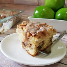 Apple Cinnamon Roll Cake – Rumbly in my Tumbly Apple Dessert Recipes, Apple Recipes, Easy Desserts, Baking Recipes, Delicious Desserts, Brunch Recipes, Fall Recipes, Yummy Recipes, Recipies