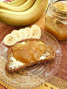 Μαρμελάδα μπανάνα   Νόστιμη,εύκολη και διαφορετική!!!  Αξίζει να τη φτιάξετε...μπορείτε να τη φάτε με ψωμάκι η να τη βάλετε σε κεικ,τάρτες,κρέπες,βάφλες,σουφλέ σοκολάτας,στο παγωτό σας κ.λ.π  Υλικά  ·600 γρ. μπανάνες (καθαρό βάρος χωρίς φλούδες)  ·400 γρ. ζάχαρη  ·100 γρ. χυμό πορτοκάλι (καθαρό,σουρωμένο
