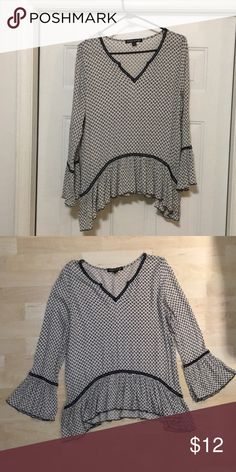 Living Doll Junior L Navy and off white Boho style top with flare sleeves Living Doll Tops