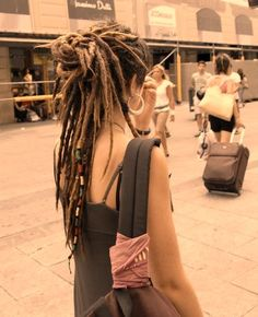 as much as I try to make myself grow up out of wanting dreadlocks I WANT THEM SO BAD