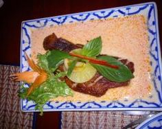 PLA TU THONG: Best thai in Lausanne: the cook cooks for the thai king while he visits Switzerland!
