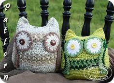 Free Wendy the Owl crochet pattern from Divine Debris.