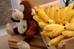 Festa 1 Ano - Macaco e Bananas Monkey Birthday Parties, Cristina, Leonardo, Little Monkeys, Bananas, Fruit, Party, Wedding, First Baby
