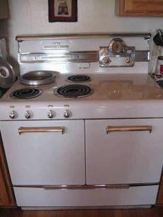 1960's ge electric range - cory's grandma has this exact stove. i