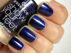 Essence Show Your Feet Nail Polish in Deep Blue Sea