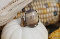 Vintage Sterling Silver & Beautiful Brown Banded Agate Ring