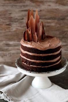 Suklaapossu: Mehevä suklaakakku #suklaa #kakku
