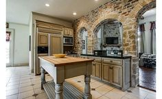 Brick and stone work in the kitchen
