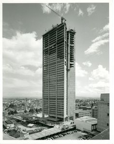 BOGOTÁ Edificio Davivienda en construccion, 1976 Skyscraper, Multi Story Building, History, City, Places, Photography, Buildings, Tech, Gift