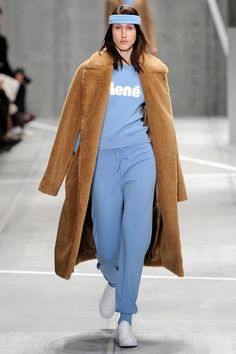 9 Best Lacoste Winter 2016 images   Lacoste, Fall winter 2015 ... e139d26230a
