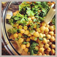 Hummus… A very versatile snack! Home Chef, Chef Recipes, Chana Masala, Cilantro, Hummus, Spices, Lunch, Dinner, Cooking