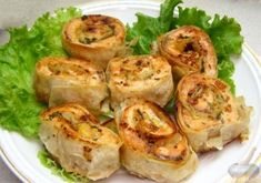 подобных Fresh Rolls, Salmon, Food And Drink, Christmas Decorations, Meat, Ethnic Recipes, Snakes, Kitchens, Food