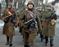 Ww2 History, Military History, Ww2 Reenactment, Ww2 Uniforms, Military Pins, Germany Ww2, War Dogs, Ukraine, Army Uniform