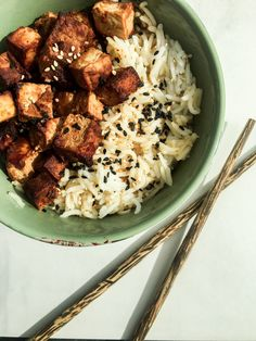 Let`s enrich your day with some Asian flavours! A great way to do this is with my Miso Tofu with Rice! A perfect side dish can be found in my next post :)