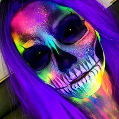 Meke up Sígueme Creepy Halloween Makeup, Creepy Makeup, Amazing Halloween Makeup, Dead Makeup, Halloween Eyes, Clown Makeup, Halloween Makeup Looks, Skull Face Makeup, Monster Makeup