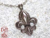 Fleur-de-Lys in silber (Halskette)