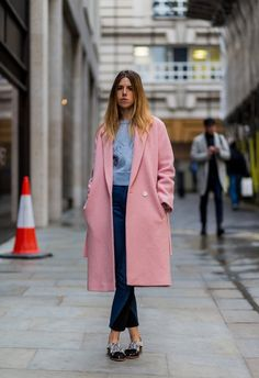 Go For Oversize, Shapless Outerwear