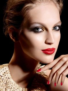 nice Vanessa Axente stuns in a new makeup advertisement for Chanel Holiday Makeup Collection 2014 [Campaign]