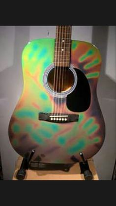 Paint Thermochromic Paint, Smart Materials, Surface Design, Diy Crafts, Ink, Guitars, Creative, Painting, Color