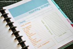 Create a Home Management Binder to keep your house organized. Monthly Budget Planner, Blog Planner, Printable Budget Sheets, Bill Organization, Organizing, Household Notebook, Money On My Mind, Home Management Binder, Time Management