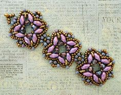 Linda's Crafty Inspirations: Playing with my beads.more Rani samples - SuperDuo, SD, O-Beads Beaded Bracelet Patterns, Woven Bracelets, Seed Bead Bracelets, Jewelry Patterns, Beaded Anklets, Beaded Earrings, Beaded Jewelry, Handmade Jewelry, Jewellery
