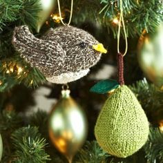 Partridge in a Pear Tree Ornaments - Make a tree with ALL of the gifts from the 12 days of Christmas!