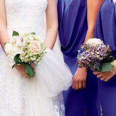 VOGUE Weddingの「ウエディング事例集:おしゃれ花嫁に捧ぐブーケのオーダー帳。【Flowers of Fun編】」に関するページです。VOGUE JAPANが手掛ける「VOGUE Wedding(ヴォーグウェディング)」は世界トップのフォトグラファー及びモデルを多彩に起用した最も洗練されたウエディング誌です。「世界でいちばん美しい花嫁になる」をコンセプトとしたハイエンドでモードな情報が満載です。