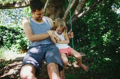 Simplicity Leads To Happiness In Children (And Here's How to Do It) thumbnail