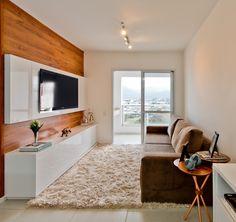 Décor de apartamento aposta em revestimentos diferenciados e peças exclusivas   Adaptações na planta original do imóvel e decoração c...