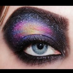 Amazingly talented Easymakeupblog created this magnificent #galaxy look using Sugarpill eyeshadows. Impressive blending and attention to detail!