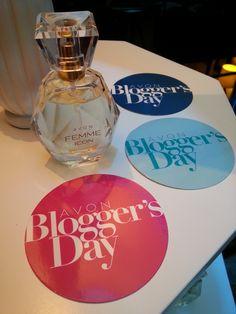 Avon Blogger Day - Edición 2016 Avon, Perfume Bottles, Beauty, Perfume Bottle, Beauty Illustration