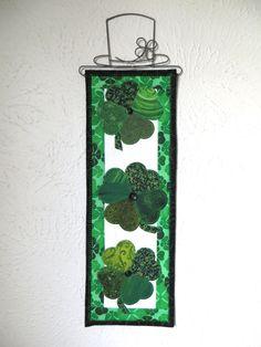 St. Patrick's Day Shamrock Mini Quilt by ThreadBasket on Etsy