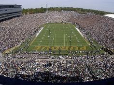Ross Ade Stadium - Facts, figures, pictures and more of the Purdue Boilermakers college football stadium Big Ten Football, First Football Game, College Football, Sports Stadium, Stadium Tour, Indiana Love, Places In Usa, Purdue University, Football Stadiums