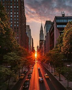 Manhattanhenge - NYC