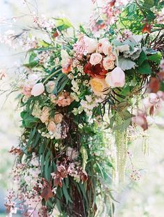 Romantic wedding ideas in a pear orchard | Blue Rose Pictures