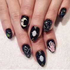 Tarot/astrological nails