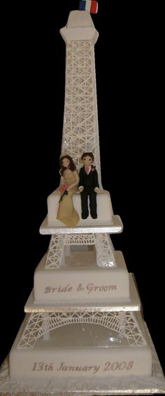 Eiffel Tower Cake by cakesunlimited.deviantart.com