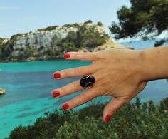 Jewel Style: TOPOS, MAR Y COLOR. Anillo: Lannel http://www.lannelspain.com