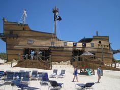 Pirate ship bar