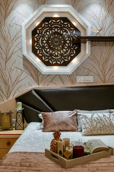 The oriental style for the interior of the 3 bhk apartment brings a noble decoration as well as materials of unique qual. Pop Ceiling Design, Bedroom False Ceiling Design, Bedroom Wall Designs, Wardrobe Design Bedroom, Bedroom Bed Design, Bedroom Wall Colors, Bedroom Furniture Design, Master Bedroom, Pop Design For Roof